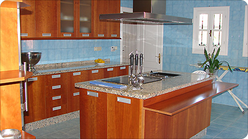 Costa del Sol Holiday Villa Fully fitted kitchen