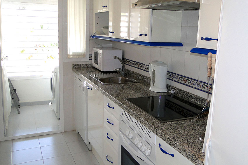 Apartment Puerto-Duquesa Fully fitted Kitchen