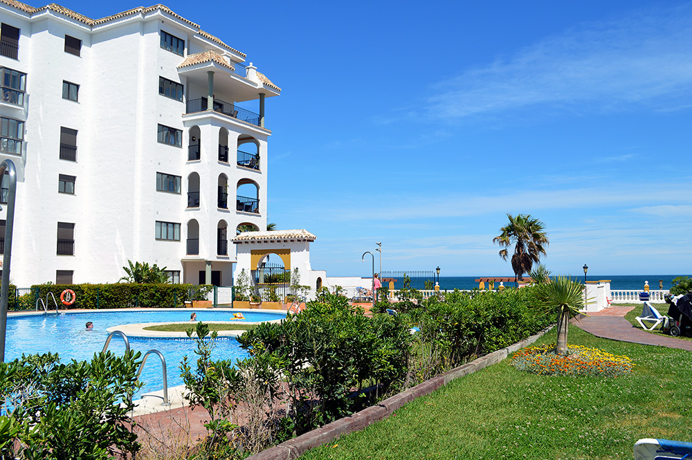 Apartment Puerto-Duquesa Shared pool and garden