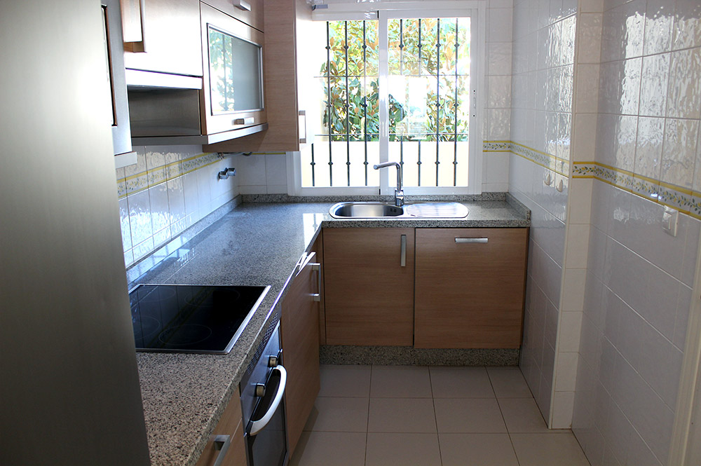Apartment Estepona Fitted kitchen