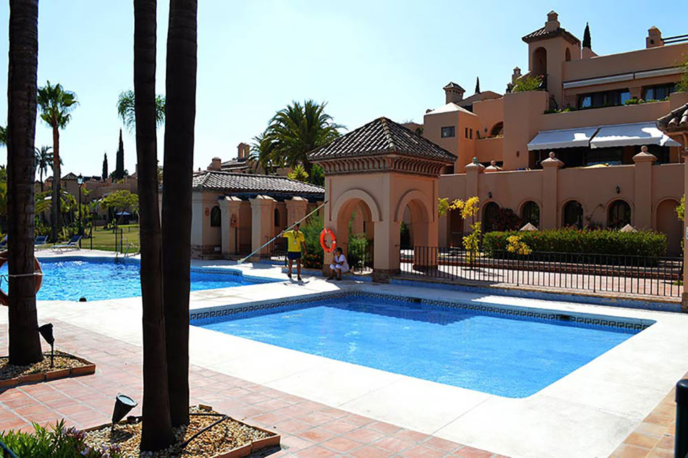 Apartment Estepona Cartuja del Golf shared pool