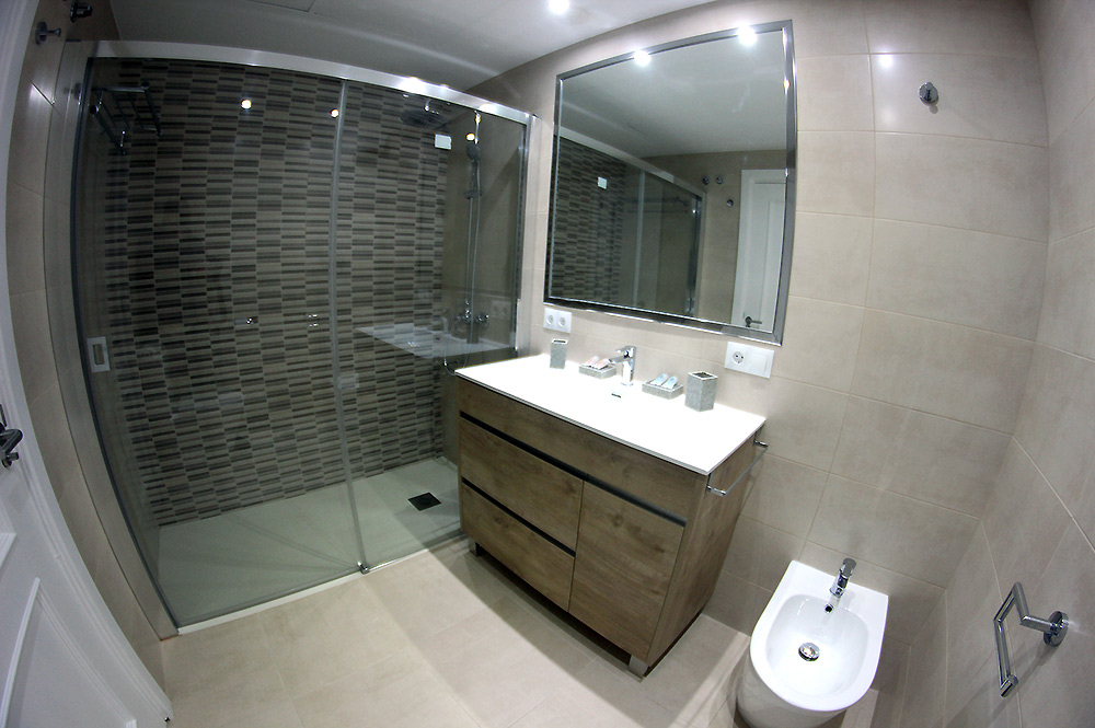 Apartment Estepona Bathroom