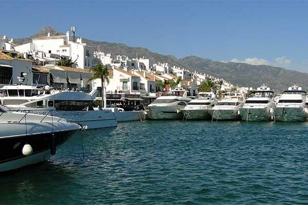 La Concha de Marbella y Puerto Banus
